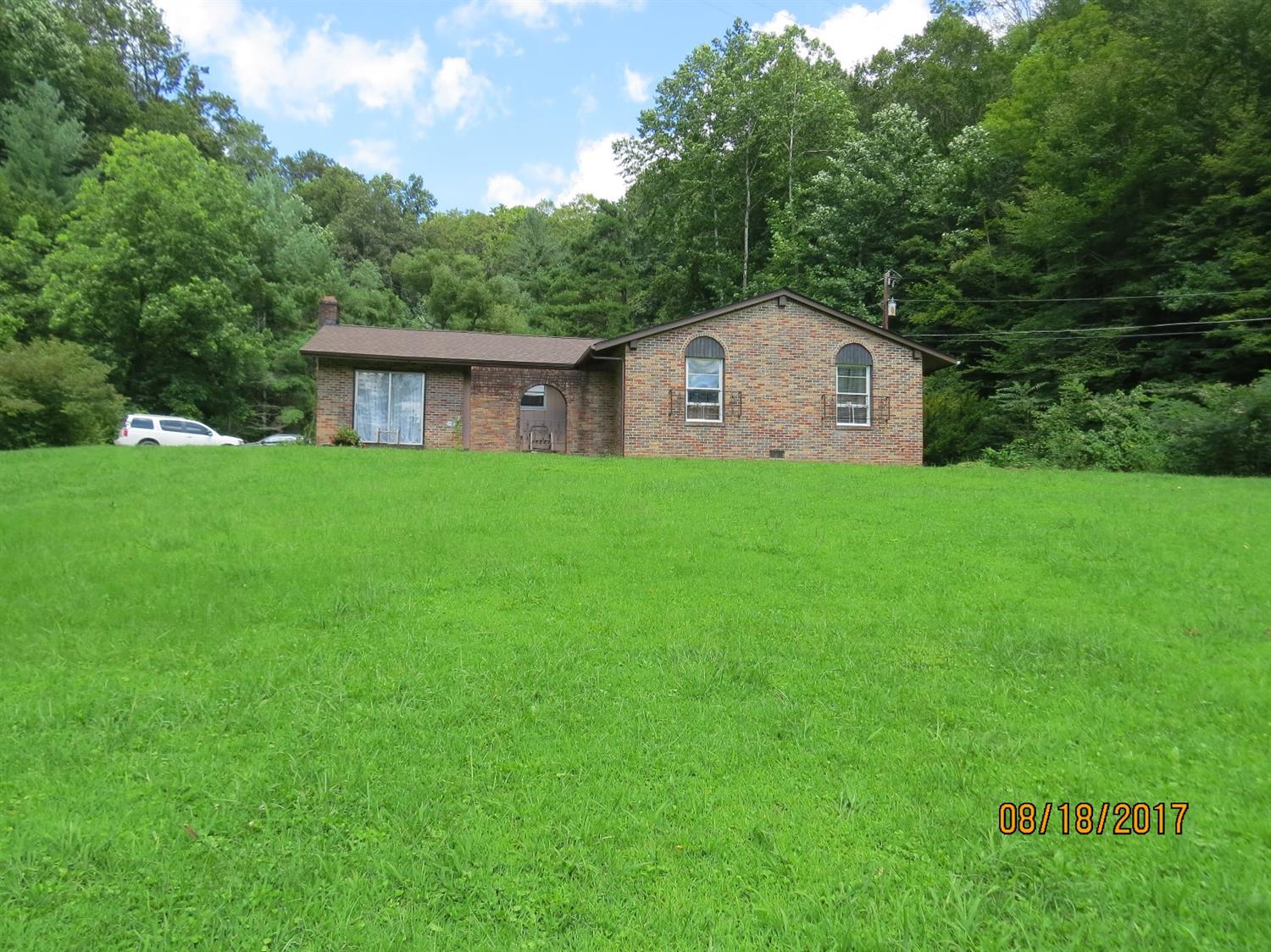 4518 SOUTH US HIGHWAY 119, WALLINS, KY 40873