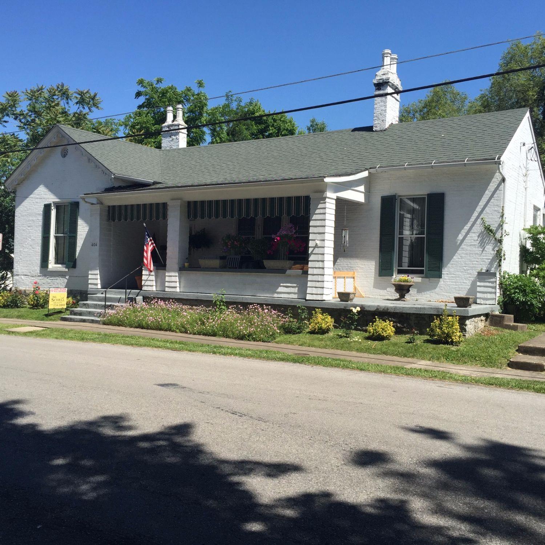 404 E Pleasant St, Cynthiana, KY 41031