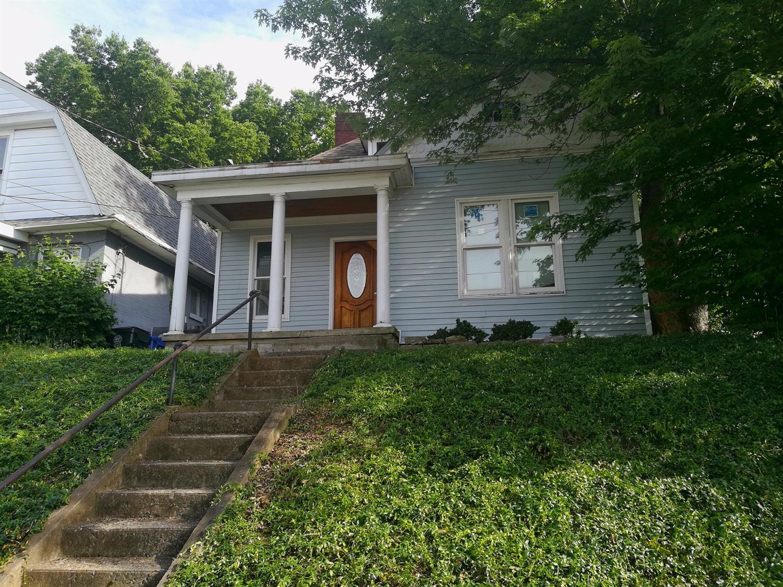 864 W High St, Lexington, KY 40508