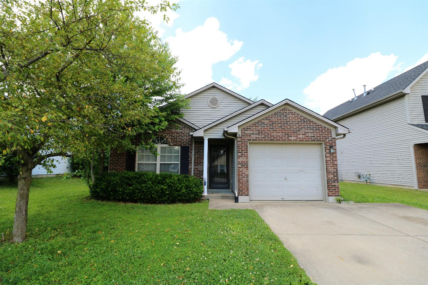 Enjoy%20easy%20one%20story%20living%20in%20this%20charming%20ranch%20home%20with%20a%20covered%20front%20porch.%20Open%20the%20front%20door%20and%20let%20the%20natural%20light%20flood%20through%20the%20full%20length%20storm%20door.%20The%20light%20colored%20laminate%20flooring%20in%20the%20foyer,%20hallway%20and%20living%20area%20adds%20additional%20light%20and%20bright%20feeling%20in%20the%20open%20concept%20floor%20plan.%20You%20will%20also%20love%20the%20fenced%20back%20yard%20with%20some%20trees%20for%20privacy.%20Super%20cute%20house!