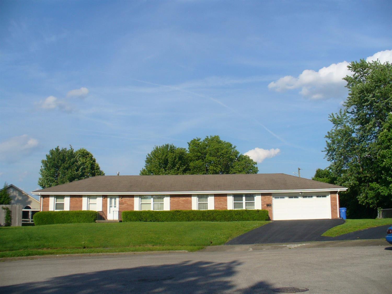 Home For Sale at 662 Warrington Dr, Lexington, KY 40505