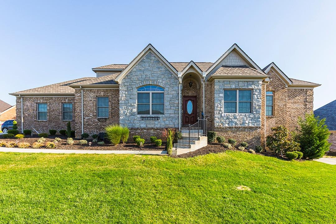 Home For Sale at 2625 Old Rosebud Rd, Lexington, KY 40509