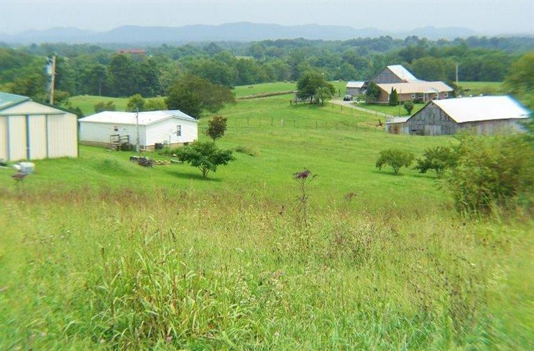 221 Windy Ln Winchester, KY 40391