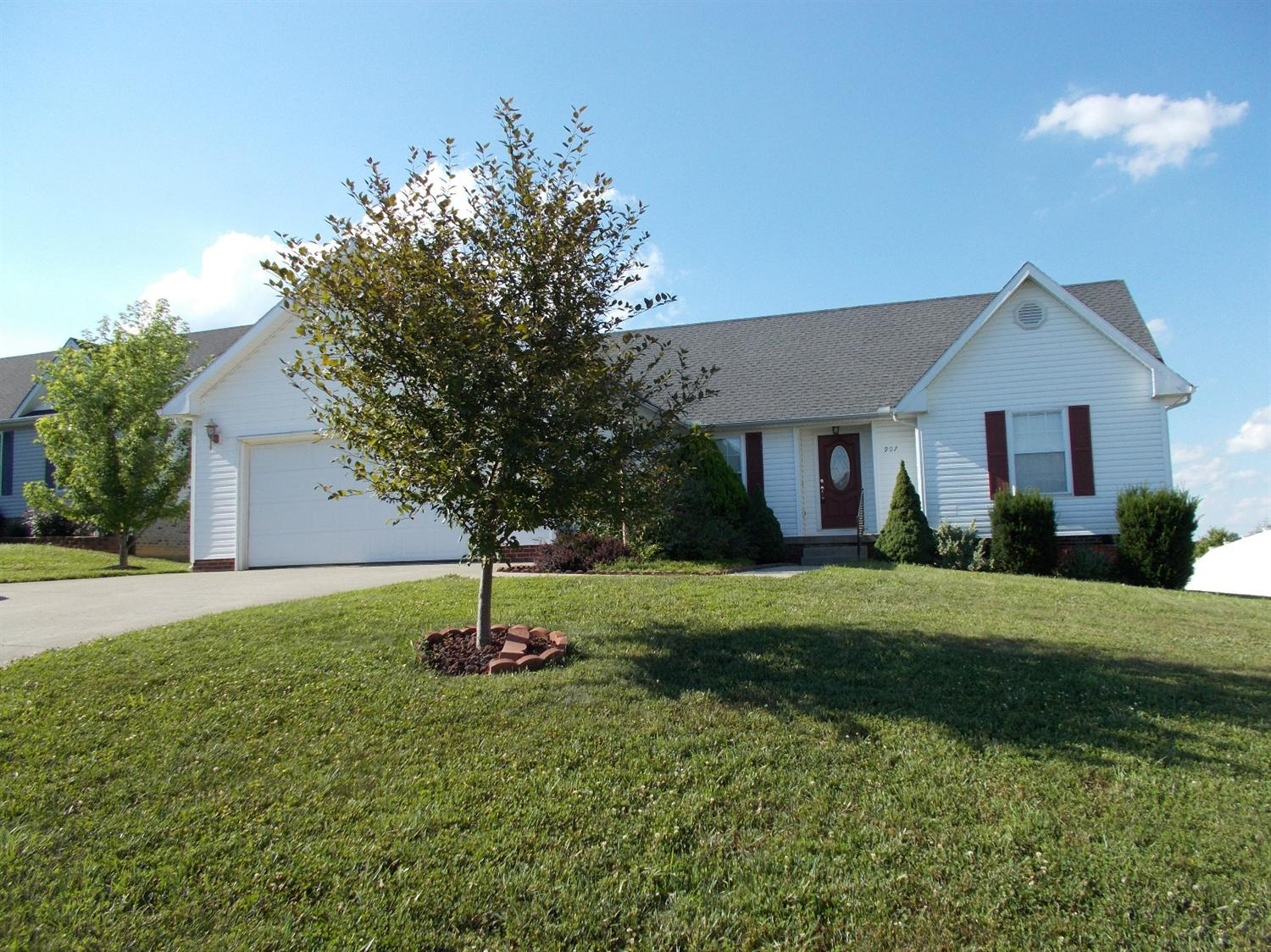 907 Equestrian, Mt Sterling, KY 40353