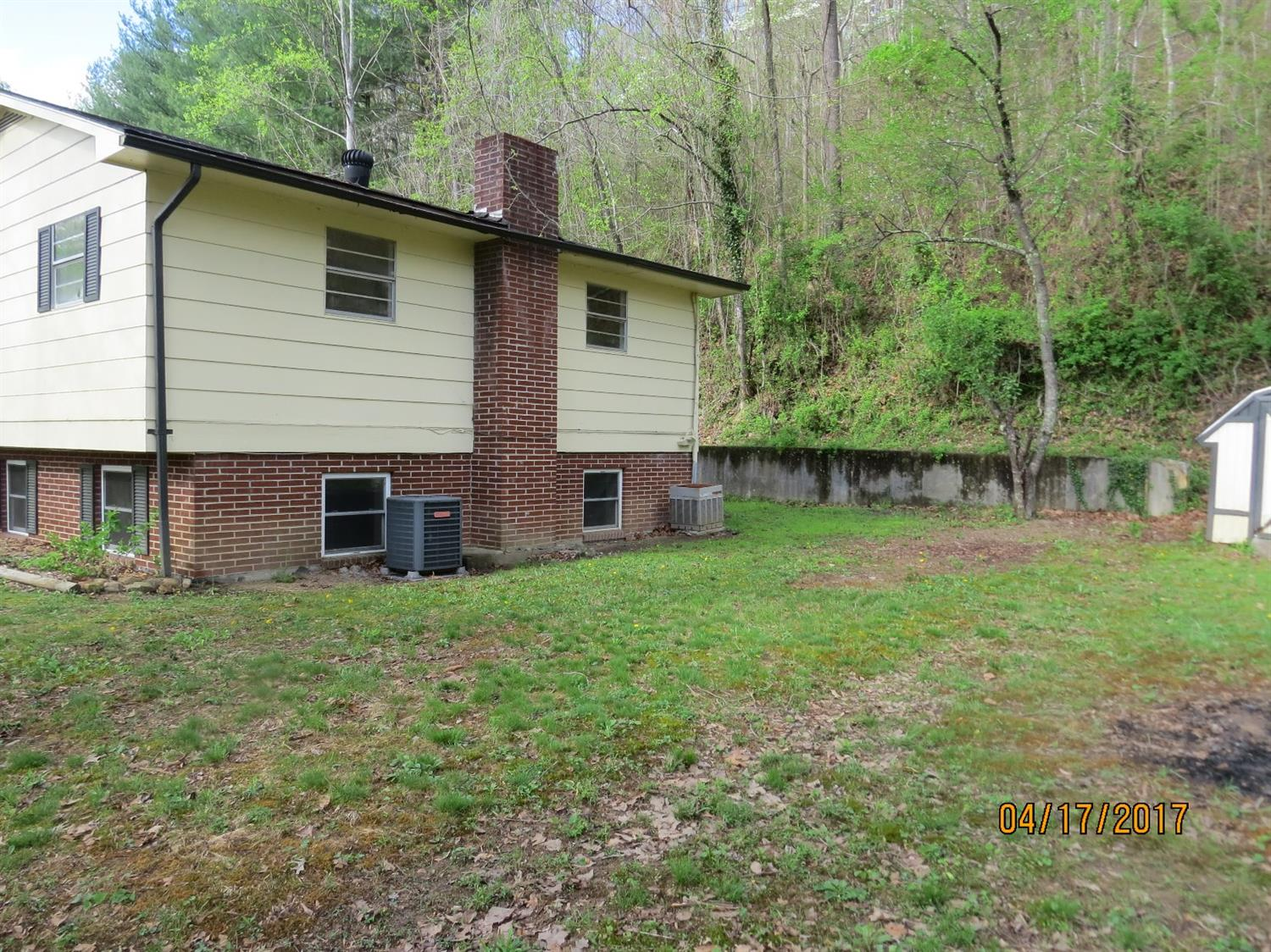 1084 IVY HILL, HARLAN, KY 40831  Photo 31