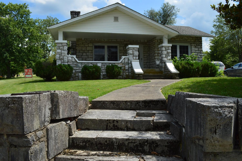 Home For Sale at 482 E Lexington St, Harrodsburg, KY 40330