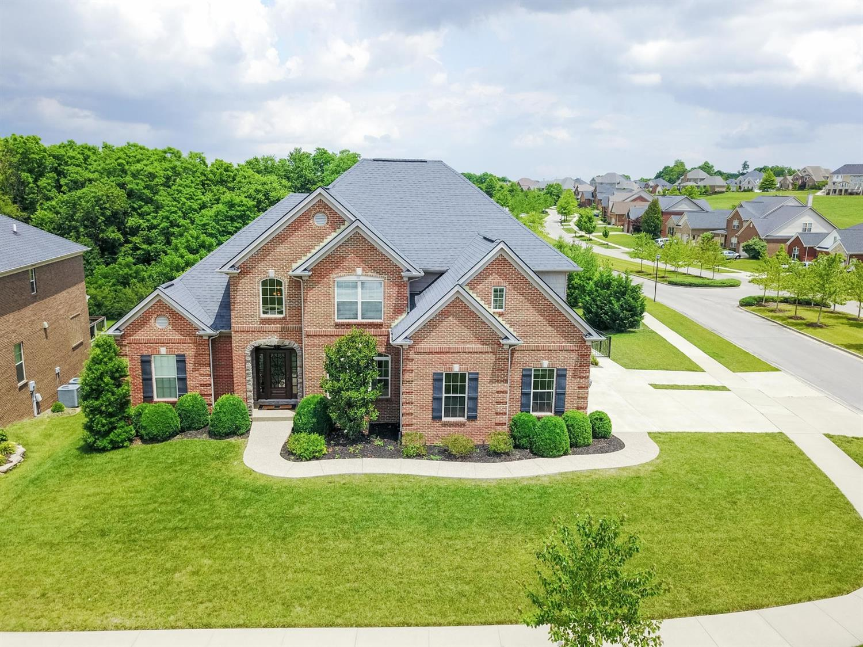 460 Weston Park, Lexington, KY 40515