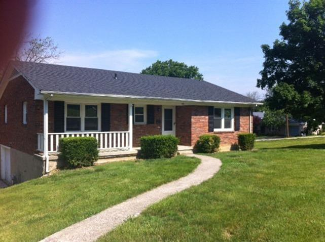 400%20Ridgewood%20Ln%20Frankfort,%20KY%2040601 Home For Sale