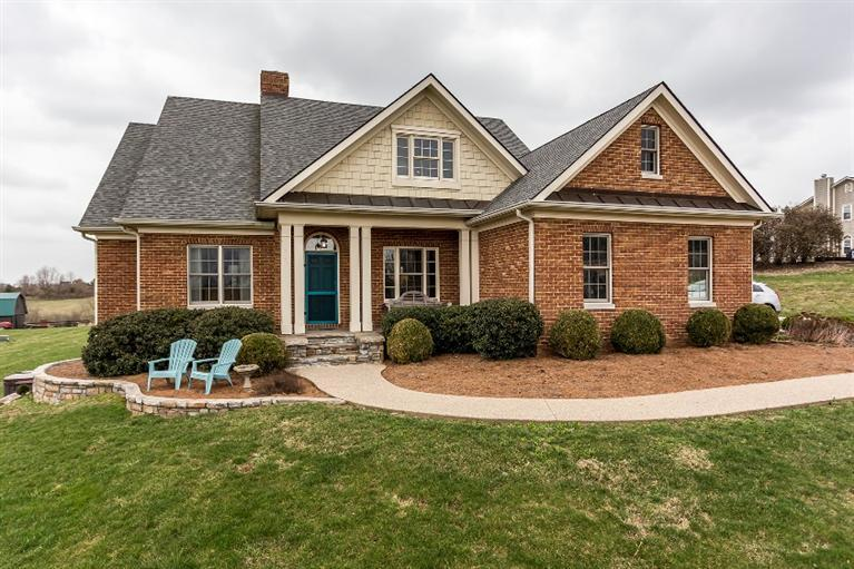 741 Quisenberry Ln Winchester, KY 40391