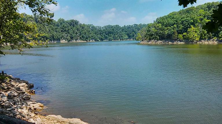 Herrington Lake 1253%20Paradise%20Camp%20Rd%20Harrodsburg,%20KY%2040330