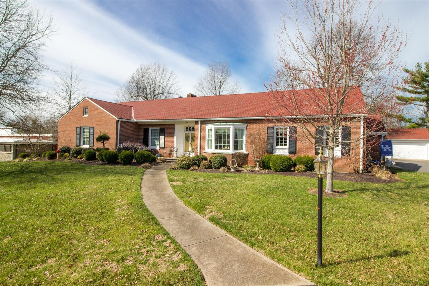 Home For Sale at 399 Runyon Rd, Harrodsburg, KY 40330