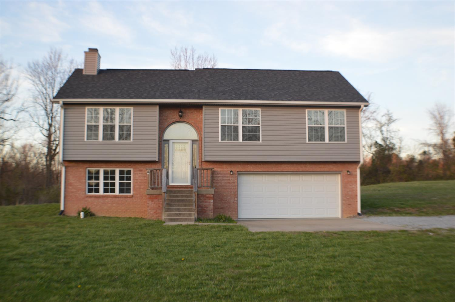 Home For Sale at 130 Indian Springs Trl, Lancaster, KY 40444