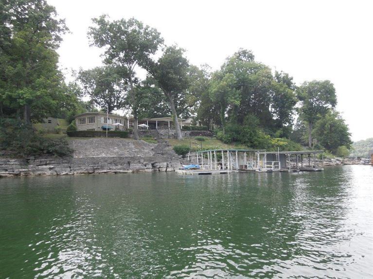 Herrington Lake 758%20Chimney%20Rock%20Rd%20Harrodsburg,%20KY%2040330