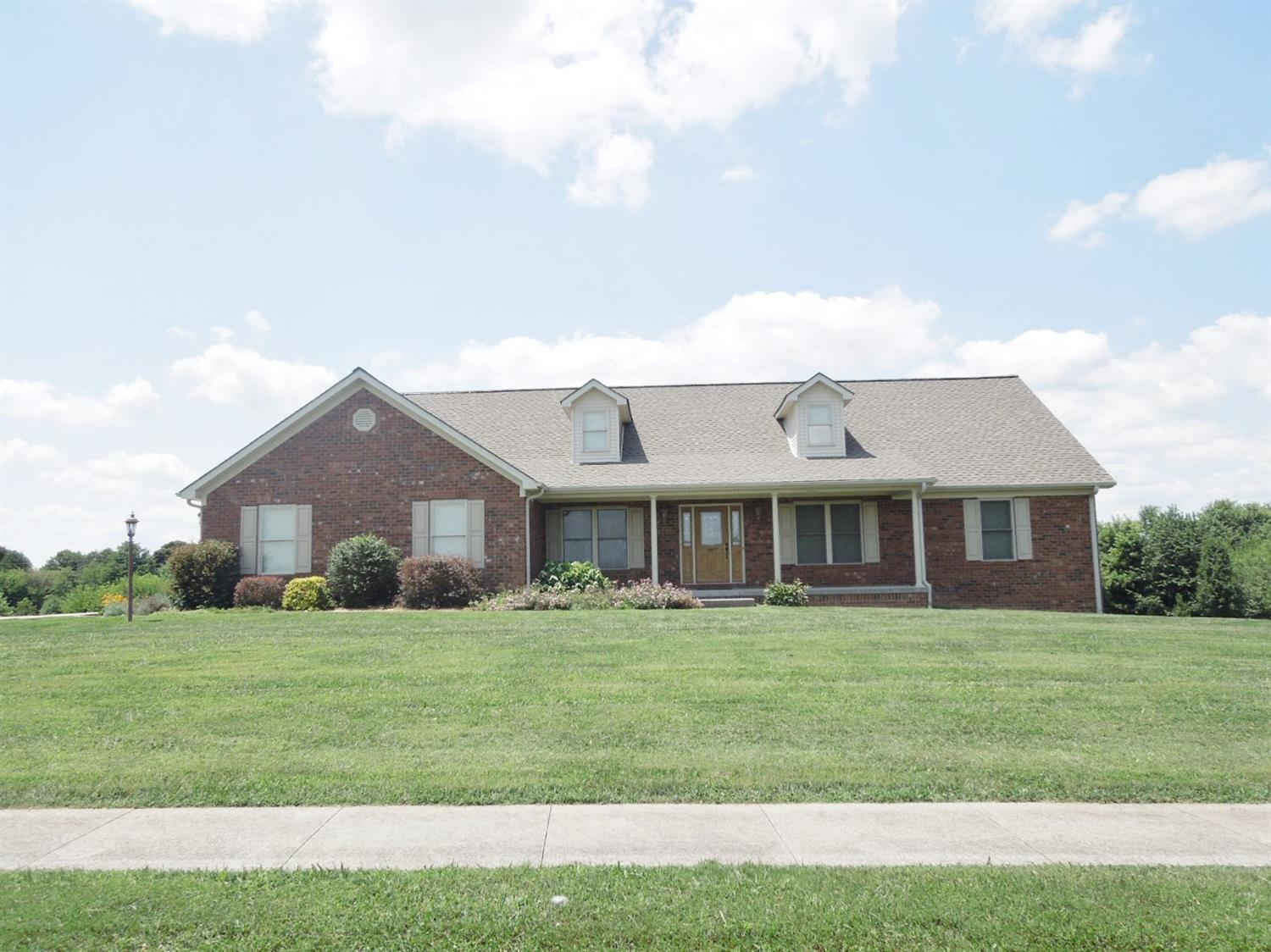 Home For Sale at 107 St Michaels Crossing, Danville, KY 40422