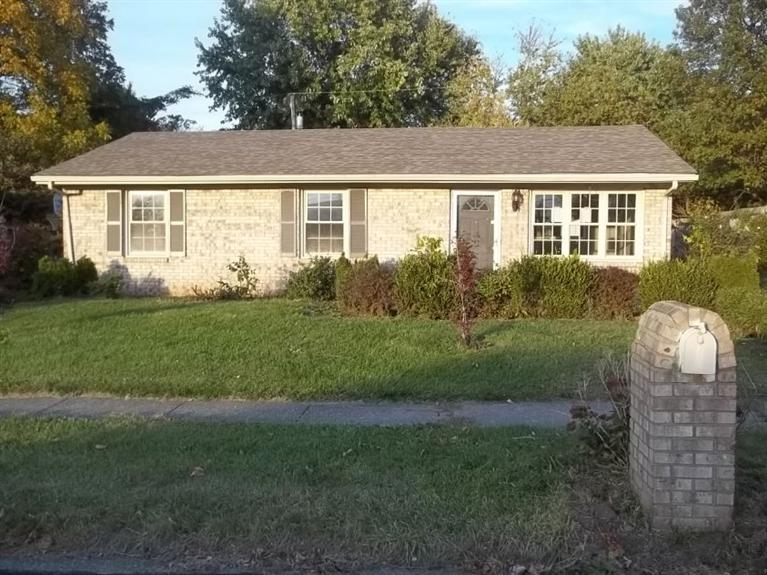 832%20Mildred%20St%20Versailles,%20KY%2040383