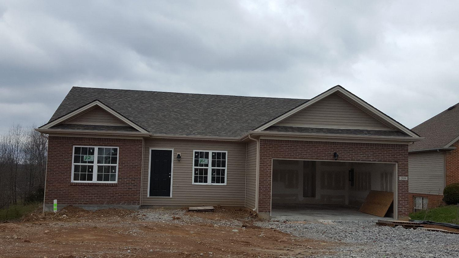 New%20Construction%20/%20Elkhorn%20Creek%20at%20the%20Colony%20offered%20for%20the%20first%20time!%20%20The%20Abbeywood%20Colony%20plan%20is%20a%20beautiful%20ranch%20home%20with%203%20Bedrooms,%202%20Full%20Baths%20and%20a%202%20Car%20Garage.%20%20Other%20amenities%20include%20garage%20with%20opener%20and%20remote%20controls,%20rounded%20corners,%20executive%20height%20vanities,%20vaulted%20ceilings,%20dimensional%20shingles.