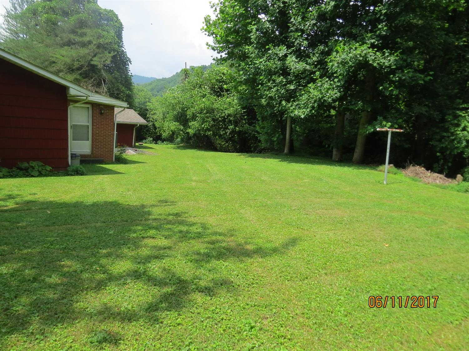 5513 SOUTH US HIGHWAY 421, HARLAN, KY 40831  Photo 42