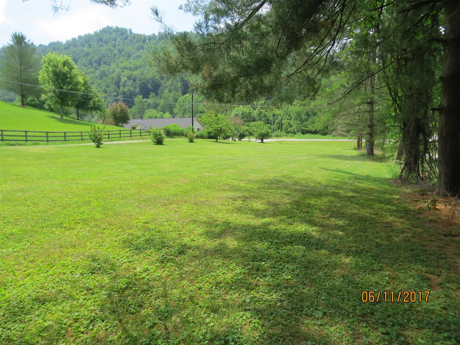 5513 SOUTH US HIGHWAY 421, HARLAN, KY 40831  Photo 45