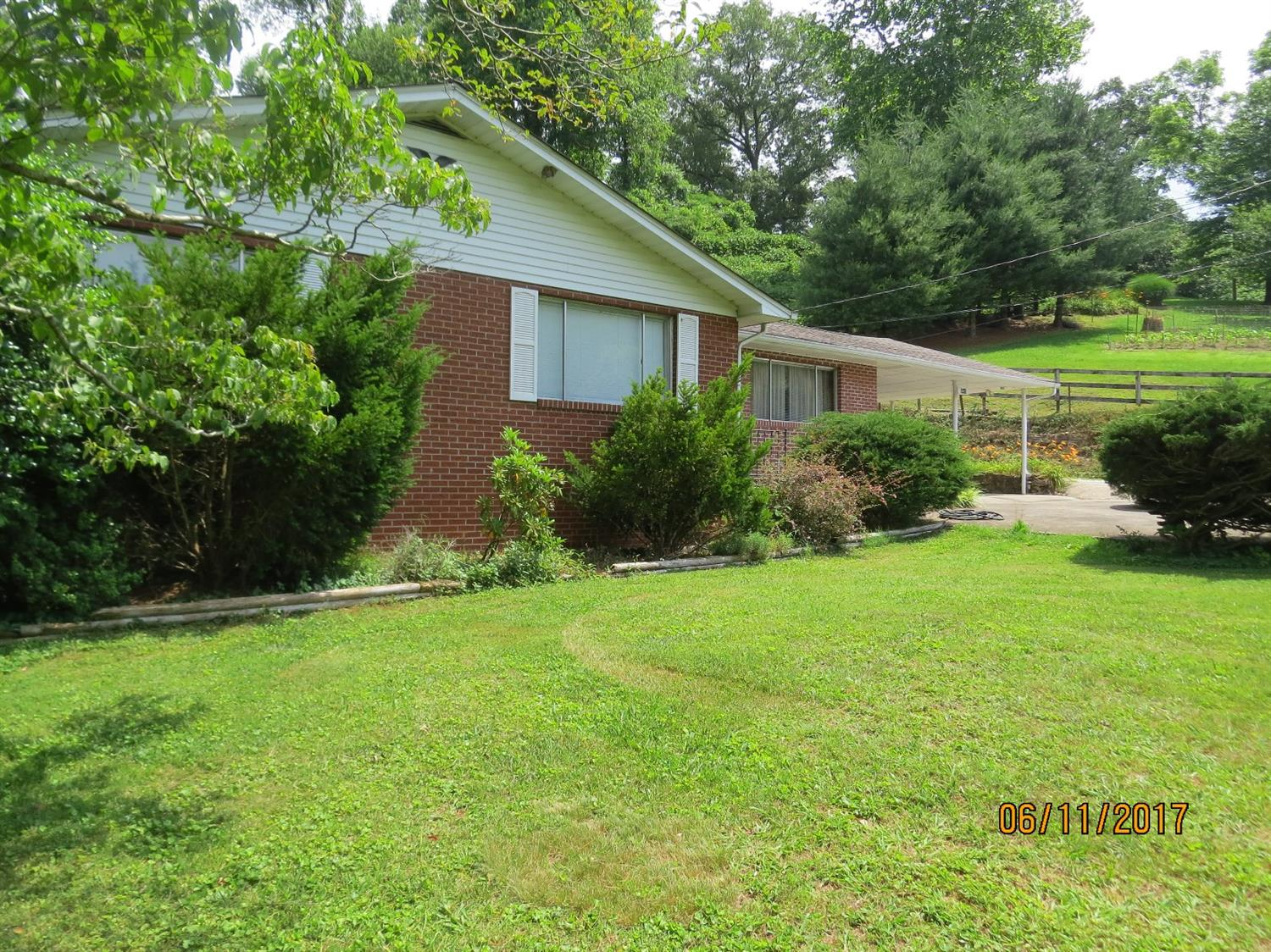 5513 SOUTH US HIGHWAY 421, HARLAN, KY 40831  Photo 46