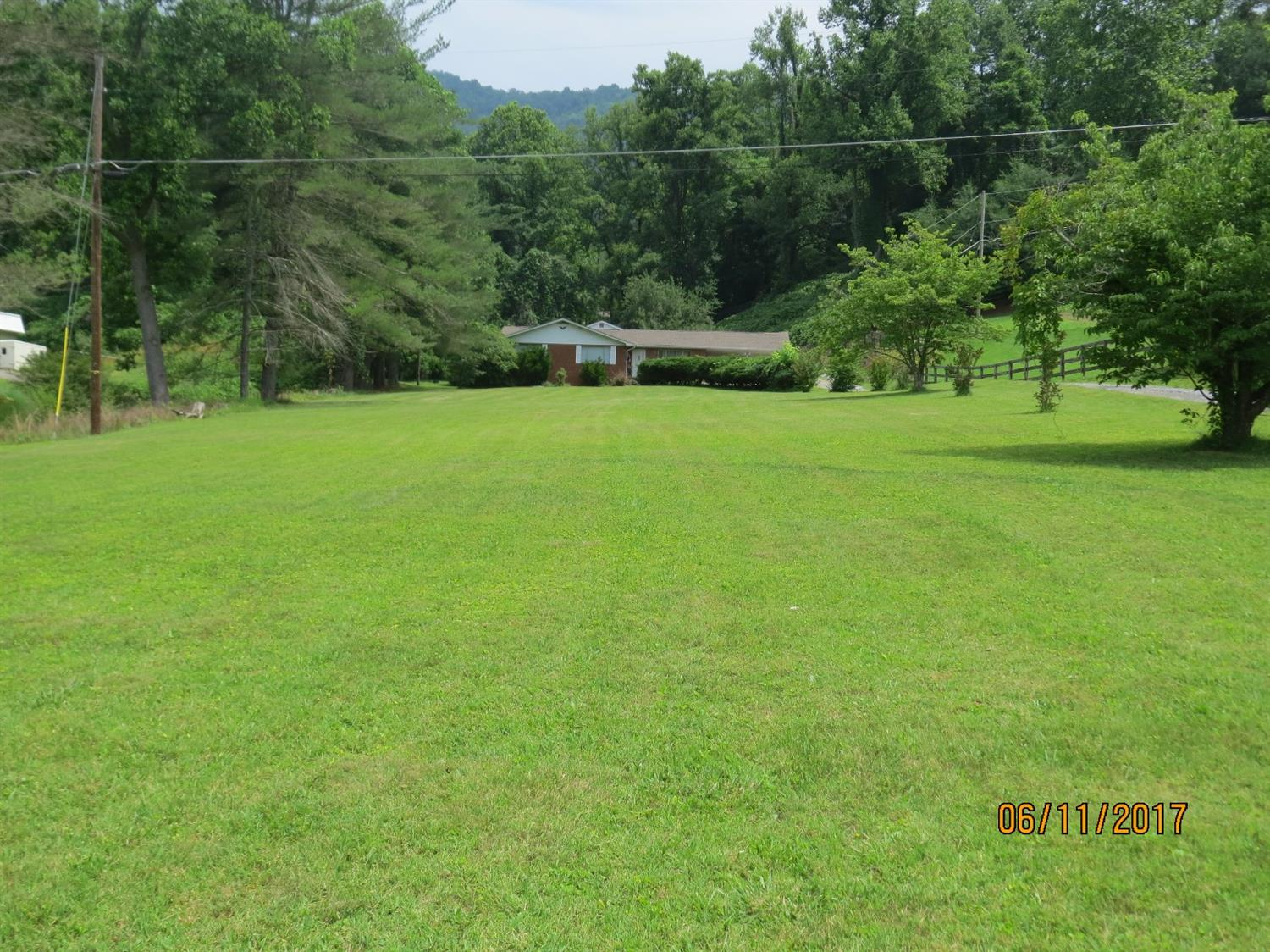 5513 SOUTH US HIGHWAY 421, HARLAN, KY 40831  Photo 47