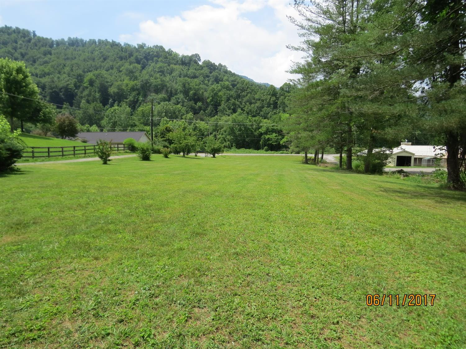 5513 SOUTH US HIGHWAY 421, HARLAN, KY 40831  Photo 48