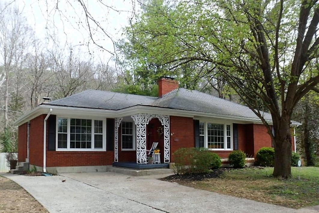 Home For Sale at 418 Capital Ave, Frankfort, KY 40601