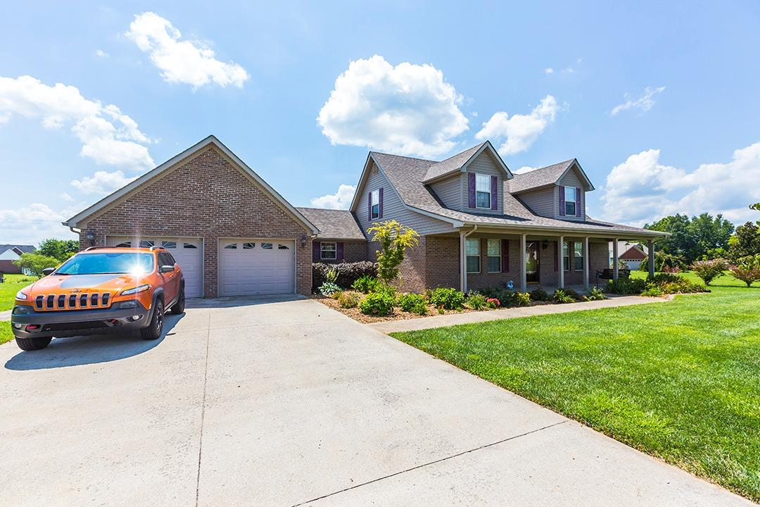 This%20one%20has%20it%20all!%20This%20sprawling%203BR/2.5BA%20home%20is%20located%20on%20a%20level%201%20acre%20lot%20with%20a%20fenced%20yard%20on%20a%20quiet%20cul-de-sac%20street!%20This%20beauty%20boast%20excellent%20curb%20appeal%20with%20lush%20landscape%20and%20a%20covered%20front%20porch%20perfect%20for%20relaxing.%20Enter%20the%20spacious%20living%20room%20that%20leads%20to%20a%20fully%20equipped%20kitchen%20w/stainless%20appliances,%20breakfast%20bar,%20solid%20surface%20counter%20tops,%20roomy%20breakfast%20area,%20tile%20floors,%20&%20pantry!%201st%20fl%20master%20suite%20features%20walk-in%20closet,%20jetted%20tub,%20&%20separate%20shower!%202nd%20fl:%202%20oversized%20BR's%20and%20BA!%20Outdoor%20living%20is%20perfect%20on%20the%20screened%20in%20back%20porch%20that%20leads%20to%20a%20sparkling%20above%20ground%20pool%20and%20fenced%20in%20backyard%20that%20backs%20two%20trees%20and%20includes%20a%20sizable%20storage%20building.%20Must%20see%20this%20one!