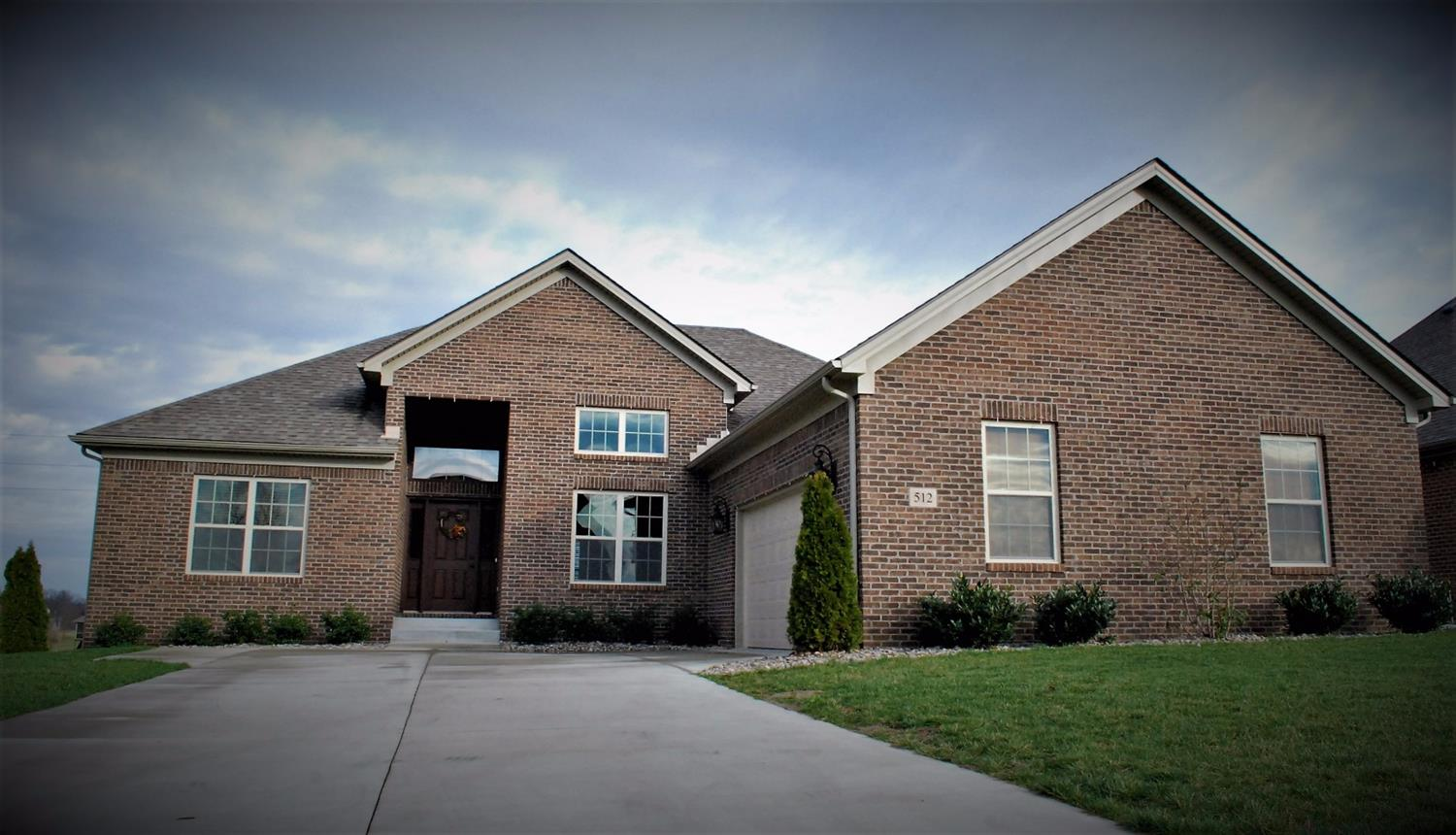 Home For Sale at 409 Doubletree Ct, Richmond, KY 40475