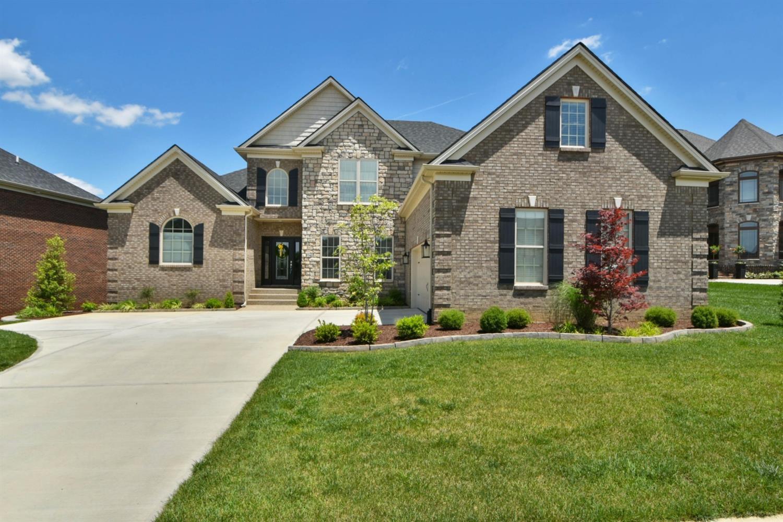 488 Weston Park, Lexington, KY 40515
