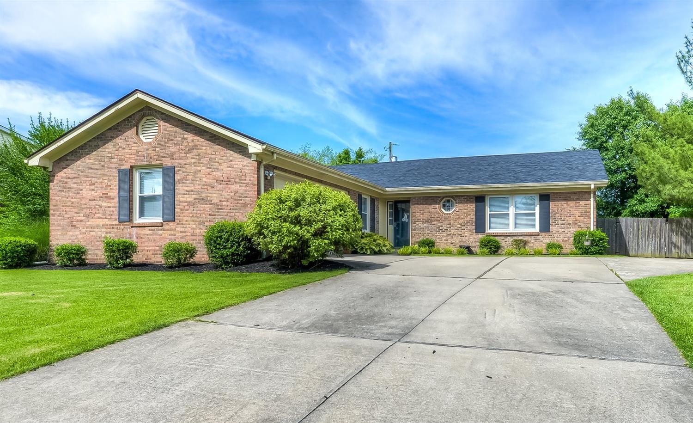 Home For Sale at 3100 Glenridge Cir, Lexington, KY 40517