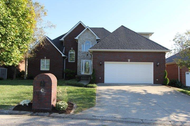 Home For Sale at 105 Mary Todd Dr, Frankfort, KY 40601