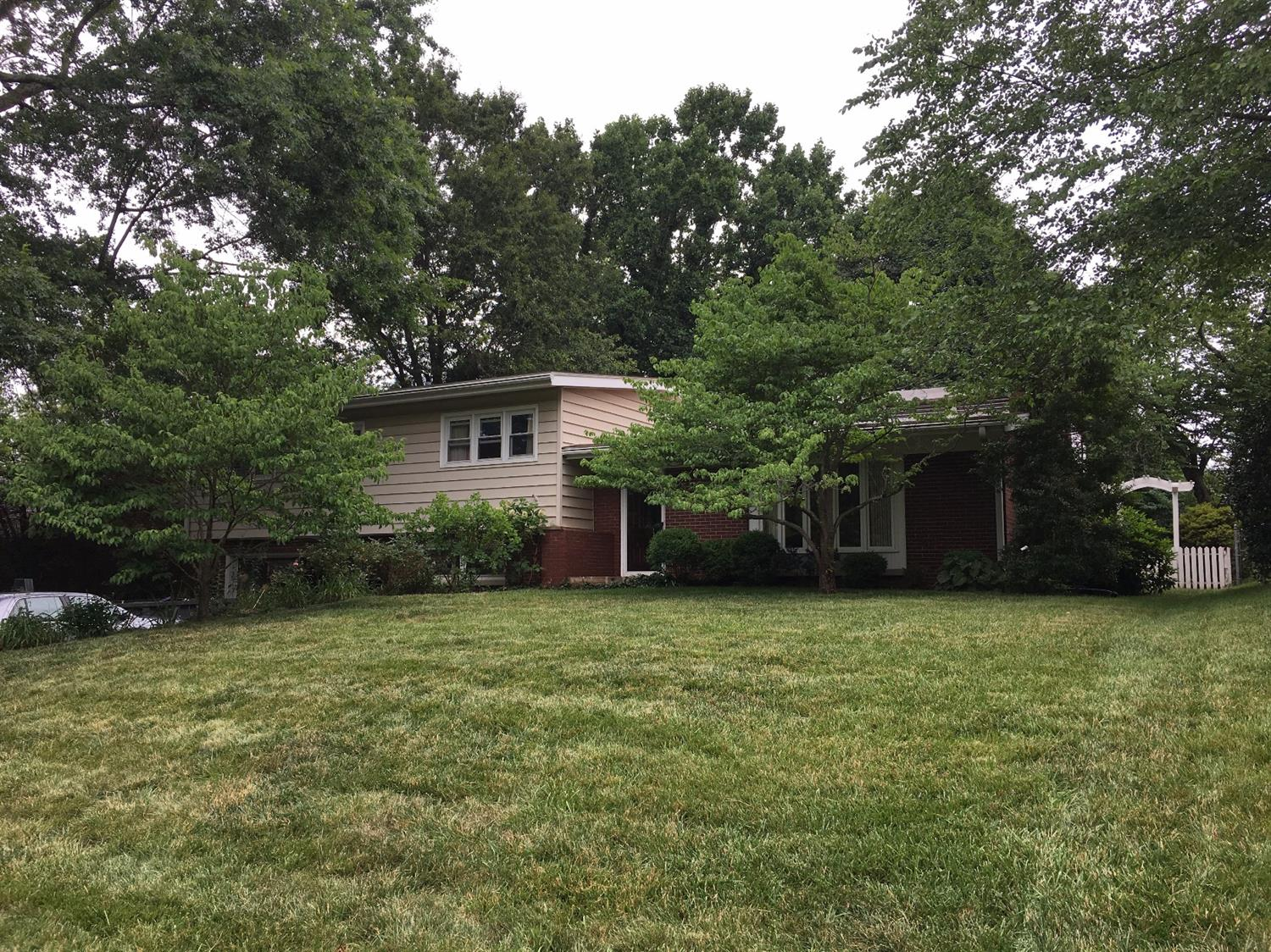 339 Greenbriar Road, Lexington, KY 40503