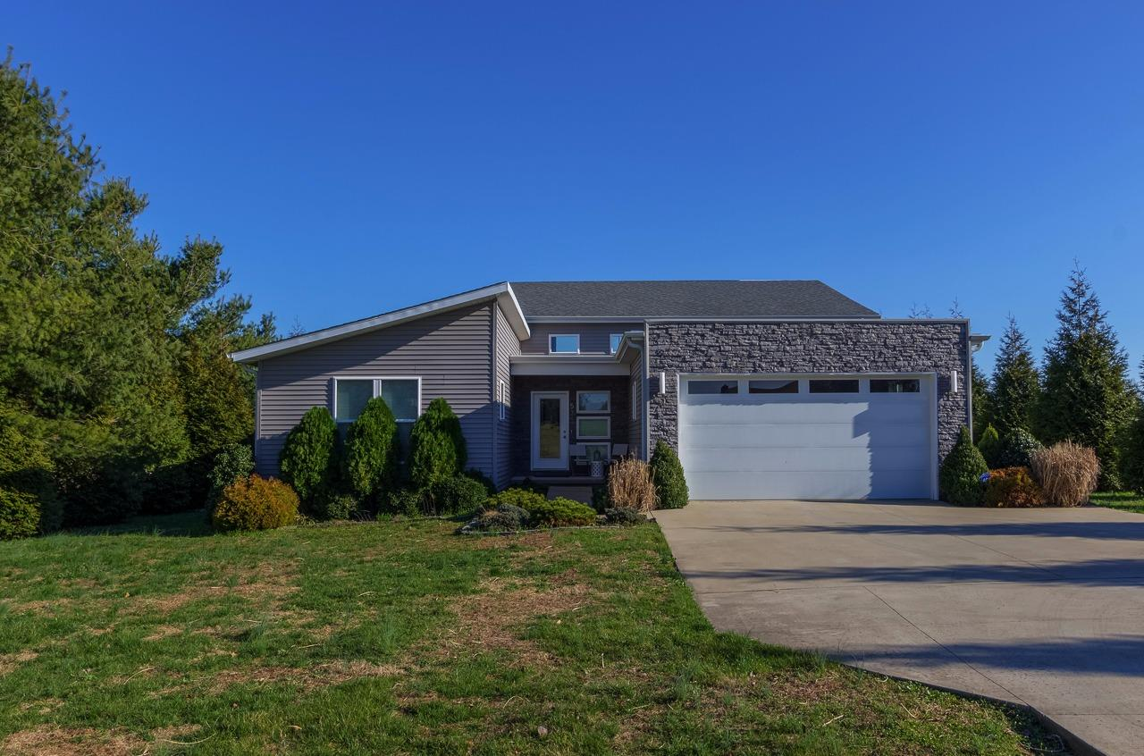 Home For Sale at 3168 Cornishville Rd, Harrodsburg, KY 40330