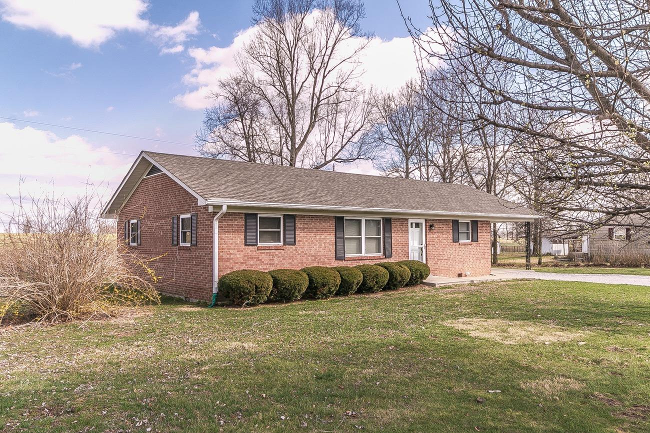 Home For Sale at 1912 Brassfield Rd, Richmond, KY 40475