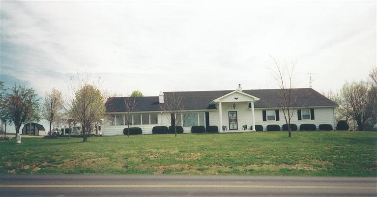 126 S Kentucky Highway 1054 Cynthiana, KY 41031