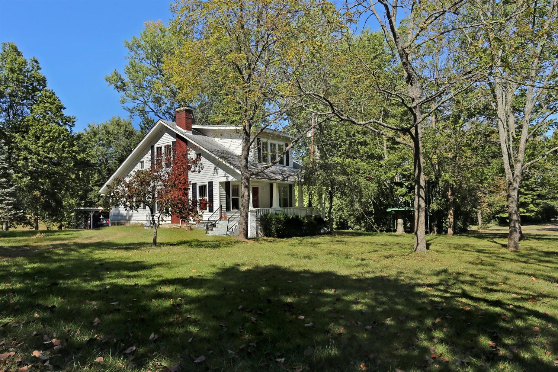 Property for sale at 2725%20Paris%20Pike,%20Lexington,%20KY%2040511