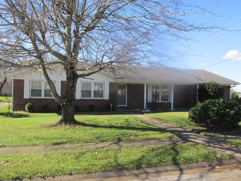 979 Spanish Grove Dr, Richmond, KY 40475