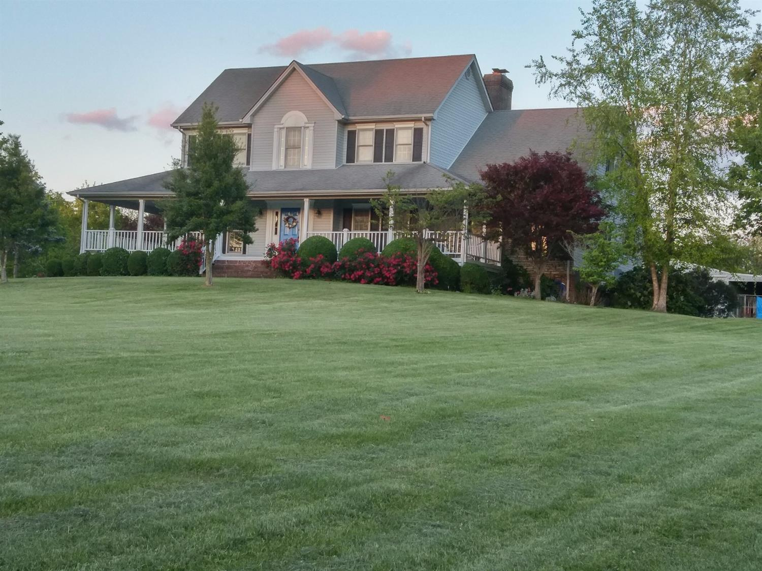 1975 Clintonville Rd, Winchester, KY 40391