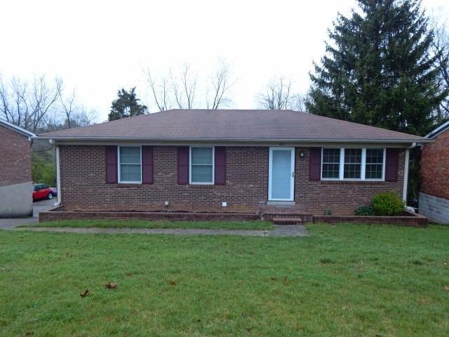 401 E Tiverton Way, Lexington, KY 40517