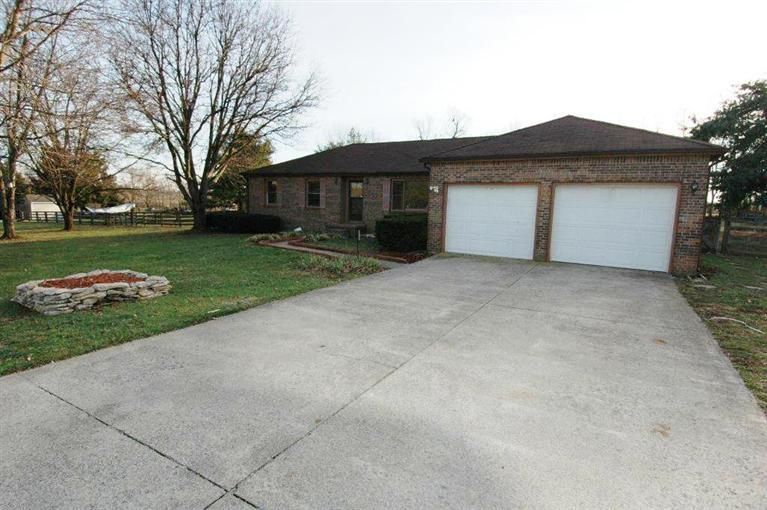 133 Jolomic Ln Georgetown, KY 40324