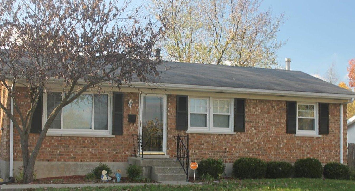 Home For Sale at 3516 Camelot Dr, Lexington, KY 40517