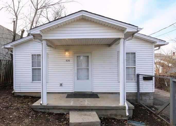 Live%20close%20to%20downtown%20in%20this%20all%20electric%20ranch!%20%20This%20freshly%20painted%203%20bedroom%201.5%20bath%20home%20is%20ready%20for%20you%20to%20move%20into%20today!%20It%20features%20new%20carpeting%20throughout,%20new%20laminate%20flooring%20in%20the%20kitchen%20and%20full%20bath,%20%20ceramic%20tile%20in%20the%20half%20bath,%20ceiling%20fans%20throughout%20and%20is%20partially%20fenced.%20New%20HVAC%20unit%20installed%20in%202014.%20Schedule%20your%20private%20showing%20today!%20No%20sign%20in%20yard.