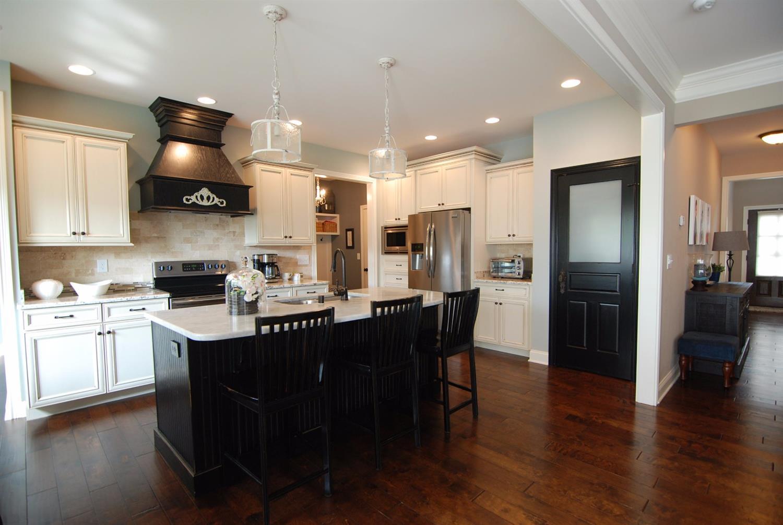 1744 Sandhurst Cove, Lexington, KY 40509