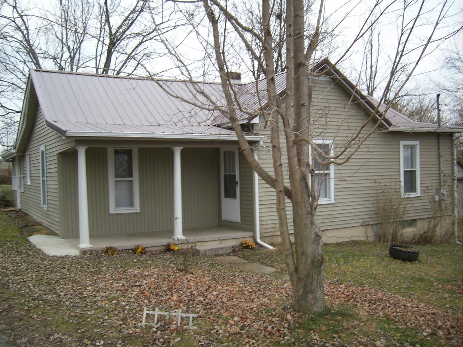 104 Fifth St, Berry, KY 41003