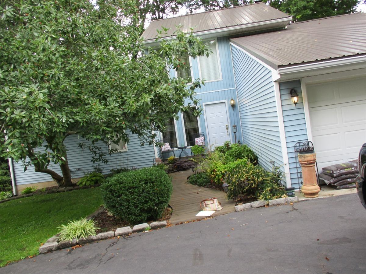 Home For Sale at 226 River Valley Rd, Frankfort, KY 40601