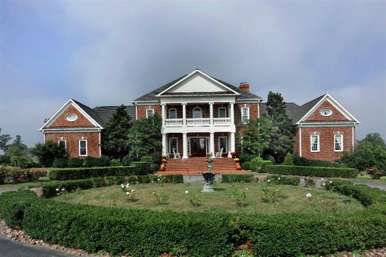 Property for sale at 1851%20Sahalee,%20Lexington,%20KY%2040511