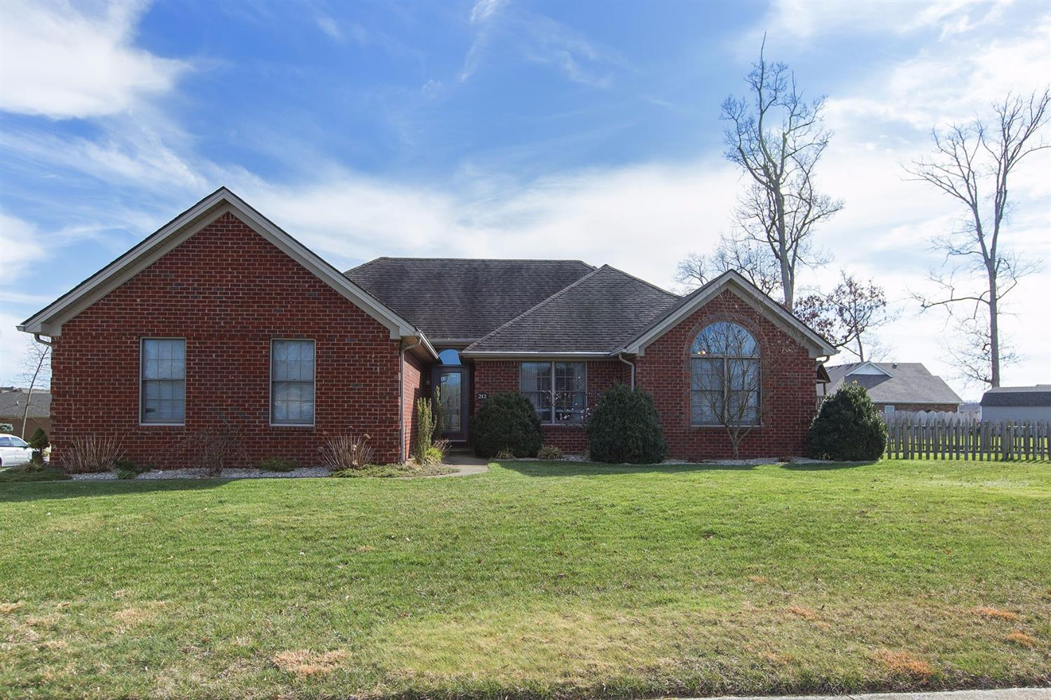 Home For Sale at 507 Osage Ct, Berea, KY 40403
