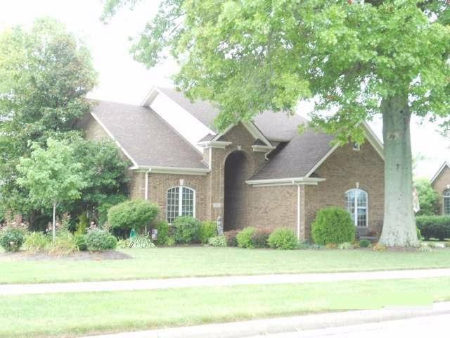 Home For Sale at 911 Cabernet Dr, Berea, KY 40403