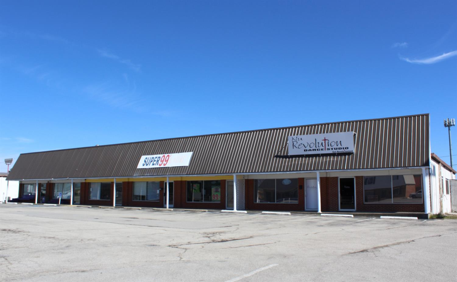 Retail%20or%20office%20space%20for%20lease.%20%204,500%20sq.%20ft.%20of%20office/retail%20space%20for%20lease%20at%20%20%20$2500.00%20per%20month.