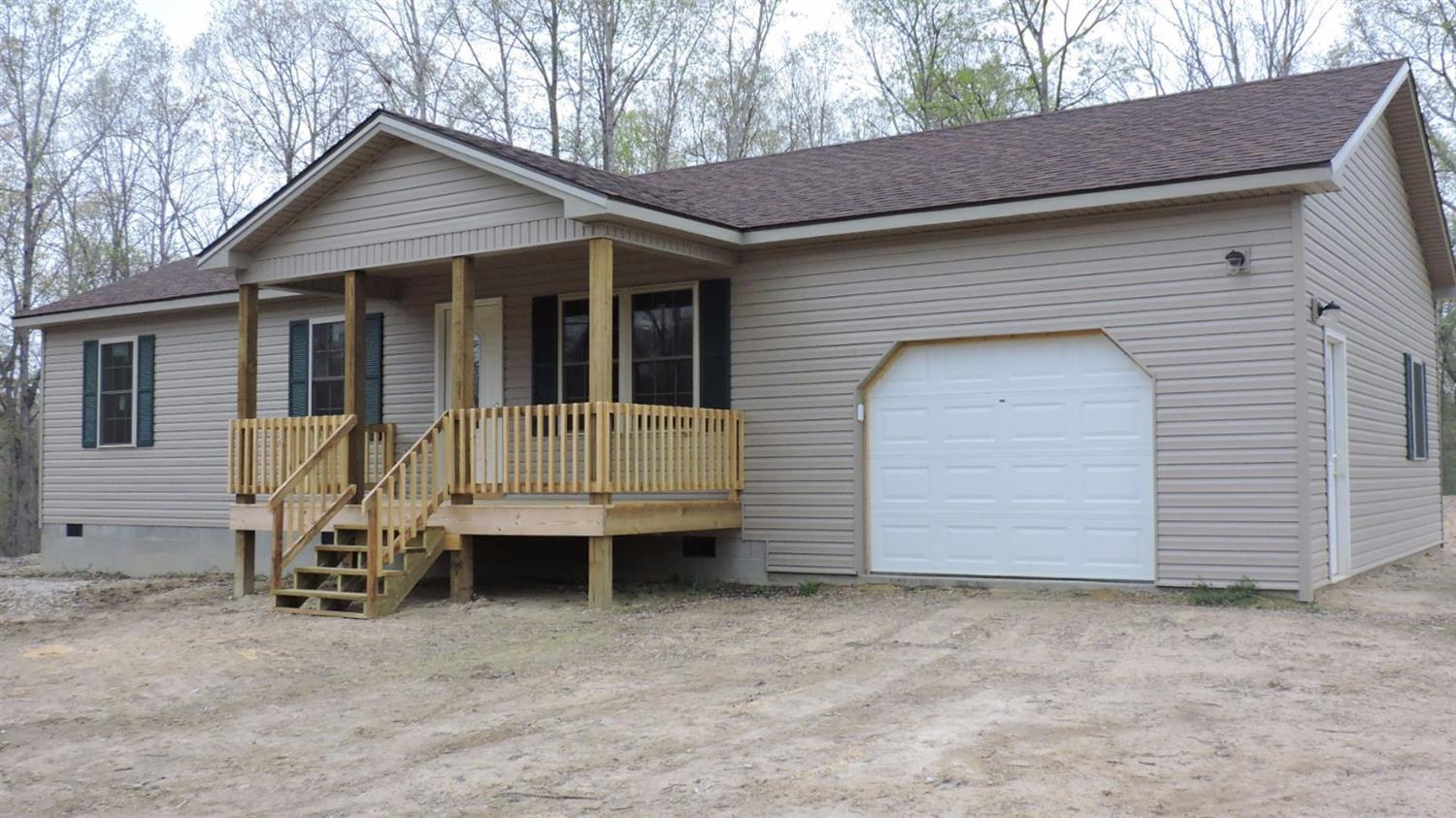 369 Pond Lick Road, Olympia, KY 40358